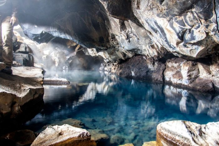 Private Lake Myvatn – Highlights Express