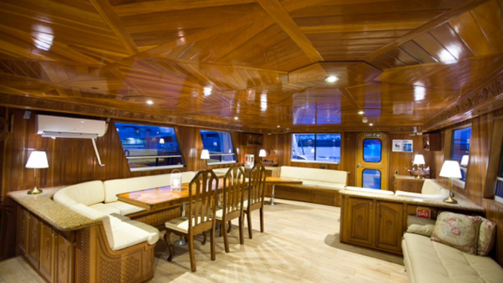 Northern Lights Luxury Cruise,