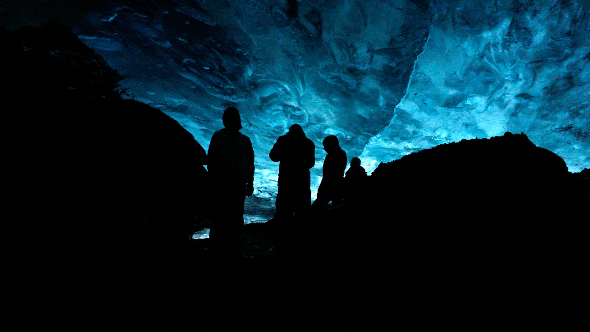 crystal ice cave, glacier, iceland, when in iceland, into the glacier, ice caves, crystal cave, day tour, blue cave, when in iceland